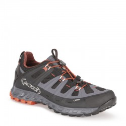 AKU Selvatica GTX black-red 01