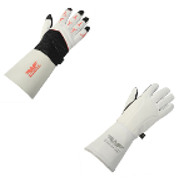 Fencing glove